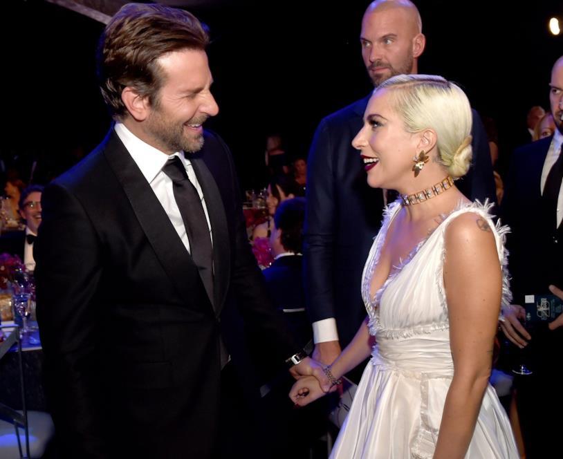 Lady Gaga e Bradley cooper a un evento