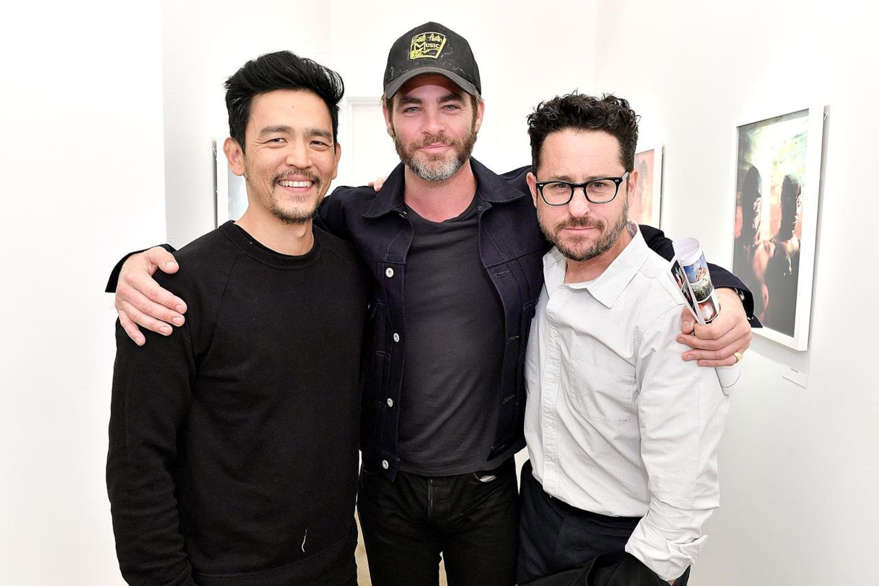 John Cho, Chris Pine e il regista J.J. Abrams