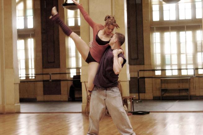 Channing Tatum e Jenna Dewan-Tatum in una scena del film Step Up