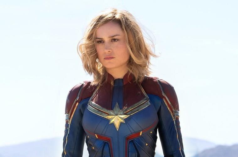 Brie Larson è Captain Marvel in uno scatto del film