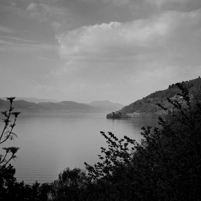 Il castello di Urquhart sul lago di Loch Ness