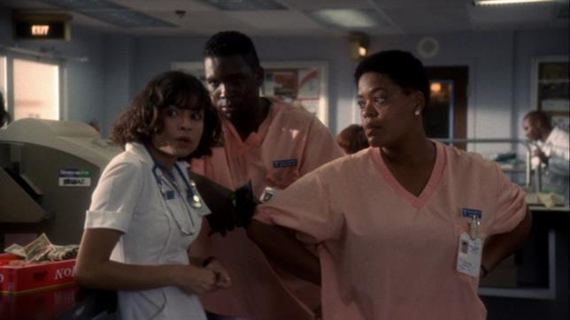 Vanessa Marquez in una scena di E.R.