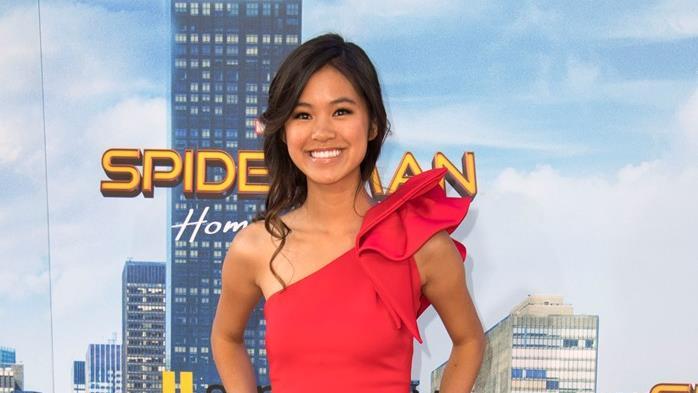 L'attrice Tiffany Espensen alla prima di Spider-Man: Homecoming