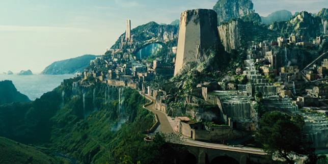La spettacolare  Themyscira, terra delle Amazzoni
