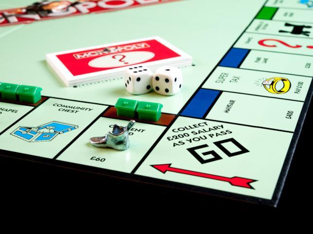 Ritira i tuoi 20 dollari passando dal via nel Monopoly