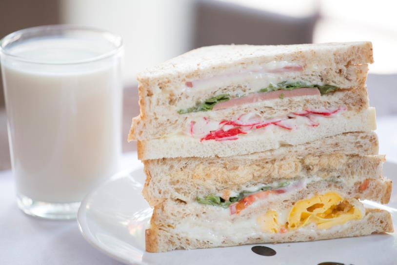 La crema di tonno in un sandwich