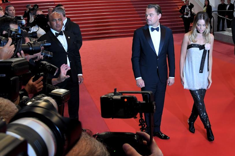 Leonardo DiCaprio e Margot Robbie fotografati sul red Carpet