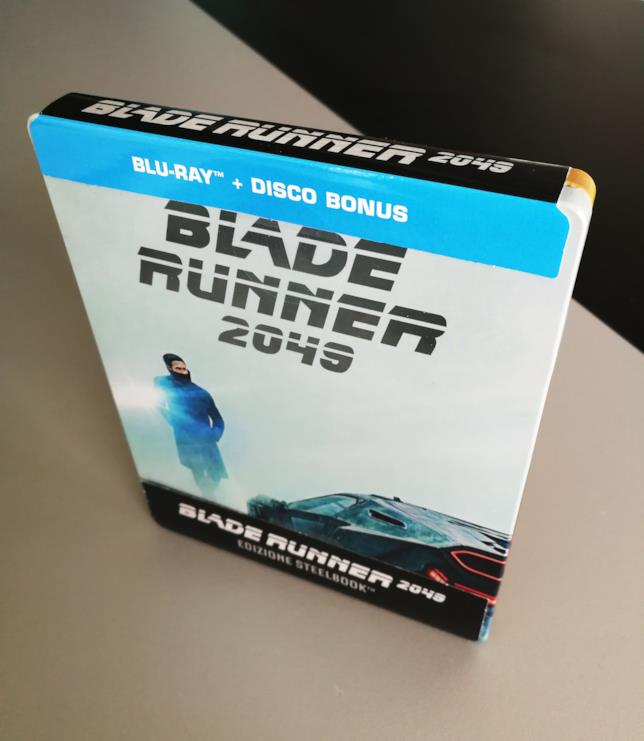 Visione dall'altro della Steelbook di Blade Runner 2049