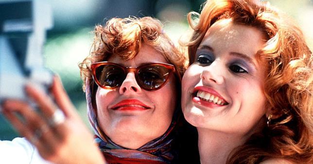 Geena Davis e Susan Sarandon nel film