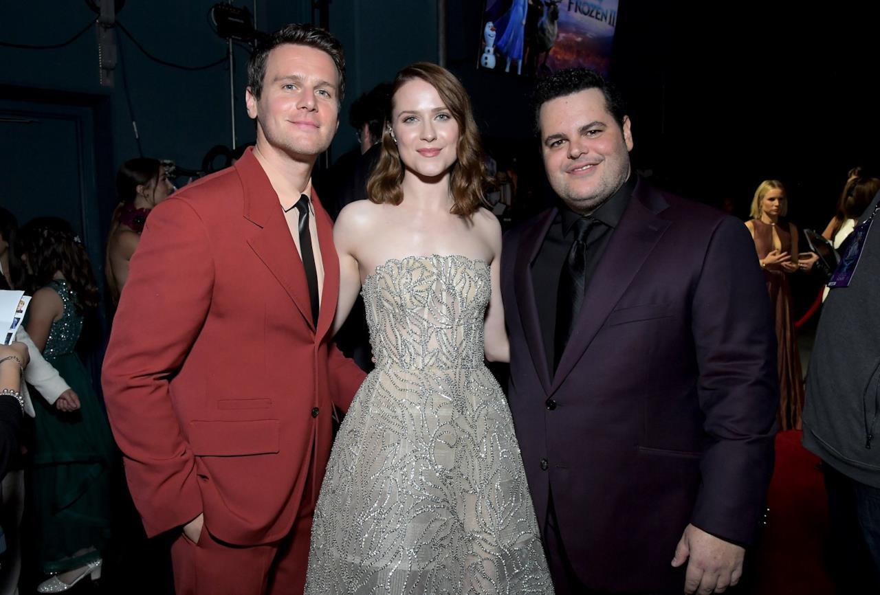 Jonathan Groff con Evan Rachel Wood e Josh Gad