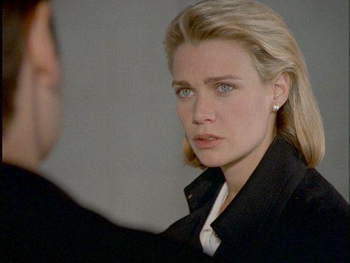 Laurie Holden è Marita Covarrubias in X-Files