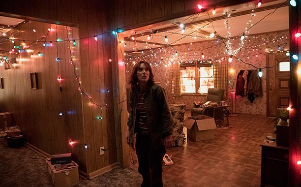La casa di Stranger Things decorata con le lucine