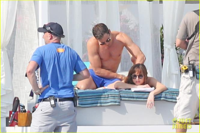 Relax e coccole per Jamie Dornan e Dakota Johnson