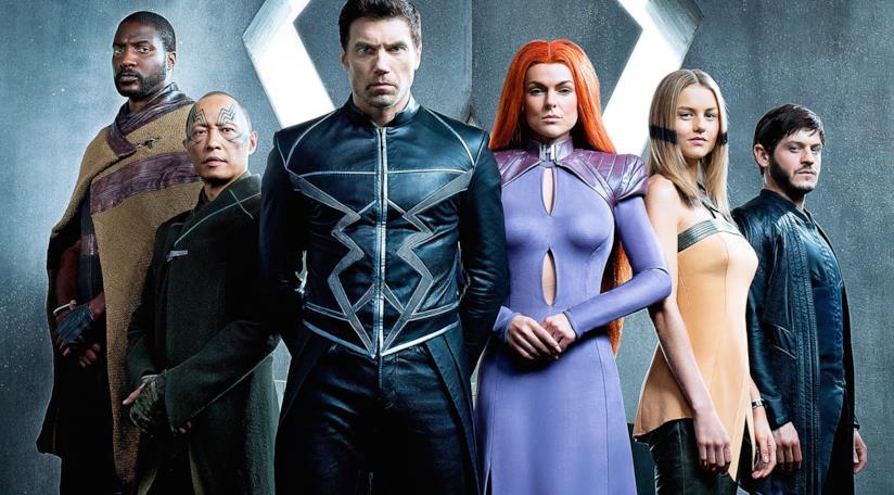Il cast riunito della serie Inhumans