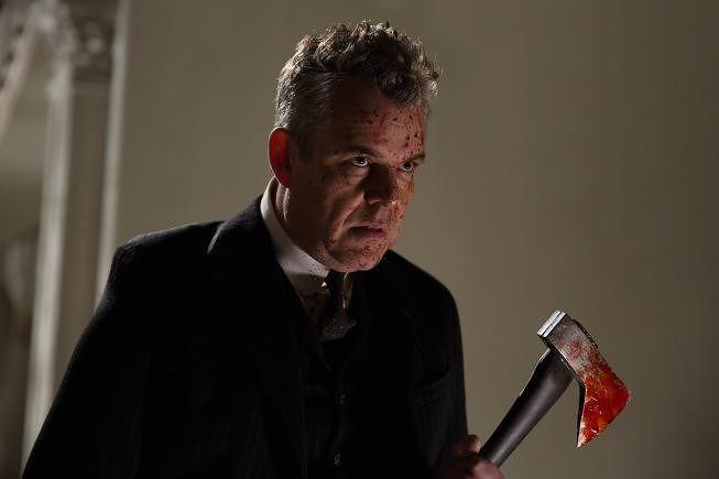 L'attore Danny Huston in American Horror Story: Coven