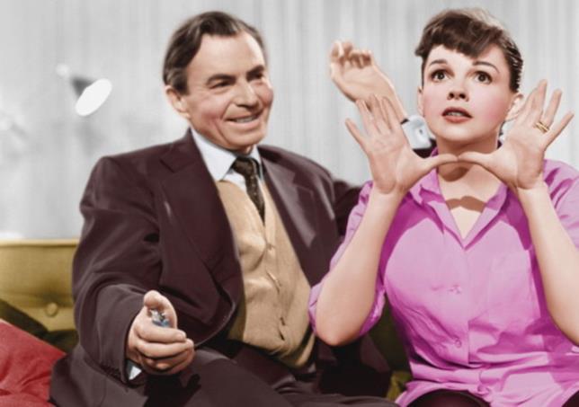 James Mason e Judy Garland nel remake di È nata una stella