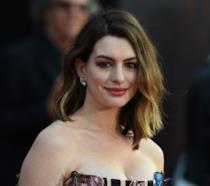 Primo piano di Anne Hathaway