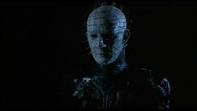 Il Suppliziante Pinehead è interpretato da Doug Bradley
