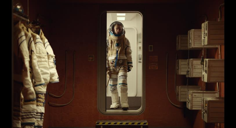 Robert Pattinson in tuta spaziale in High Life