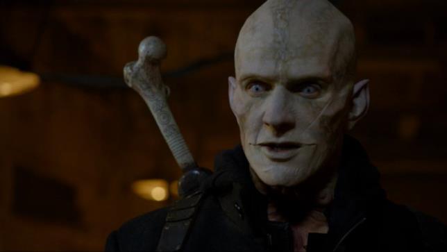 Quinlan il mezzosangue è interpretato da Rupert Penry-Jones