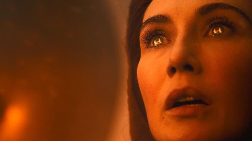 Carice Van Houten nei panni di Melisandre in Game of Thrones 8x03