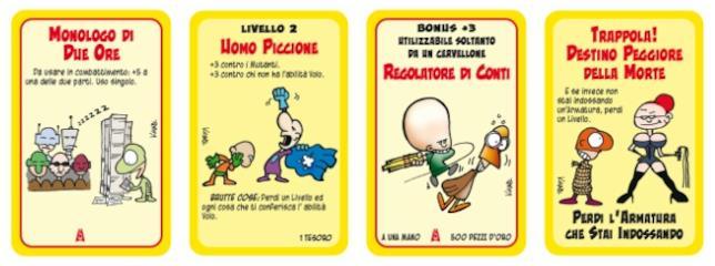 Quttro carte di Super Munchkin provenienti dalla versione base e dall'espansione