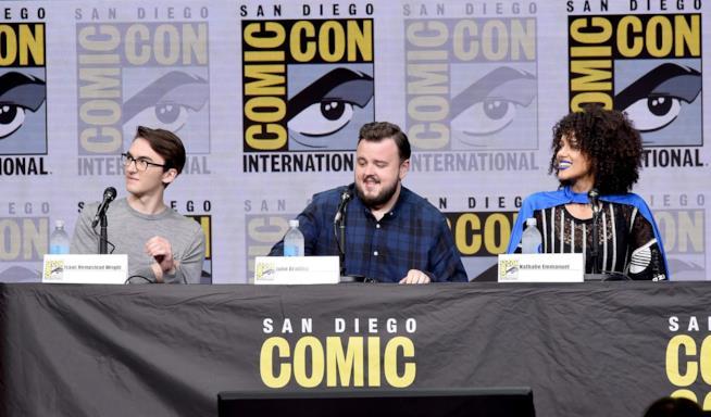 Gli attori di Game of Thrones sorridenti e perplessi al Comic-Con