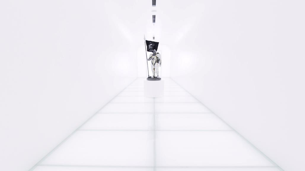 La mascotte Ludens di Kojima Productions nel corridoio della società