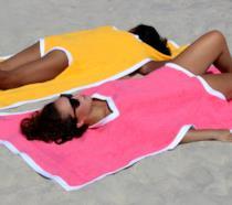 Foto del nuovo trend estivo, il Towelkini