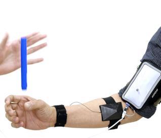 Una foto degli stimolatori muscolari che aumentano la velocità di reazione