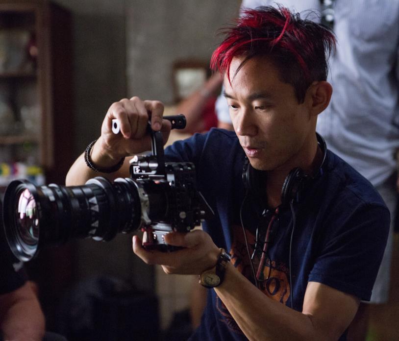 James Wan impegnato durante le riprese di uno dei suoi film