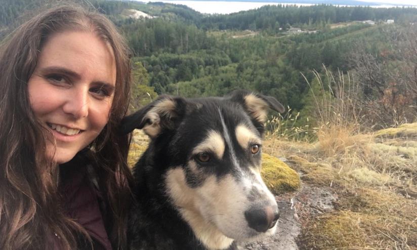L'escursionista Dee Gallant e Murphy, il fedele cagnolino
