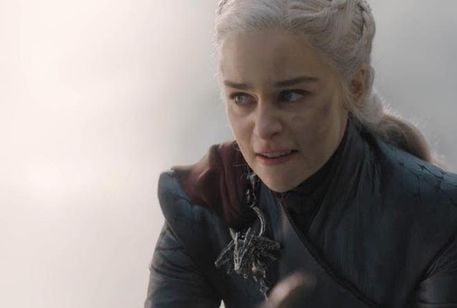Daenerys in un'immagine dall'episodio 8x05 di Game of Thrones