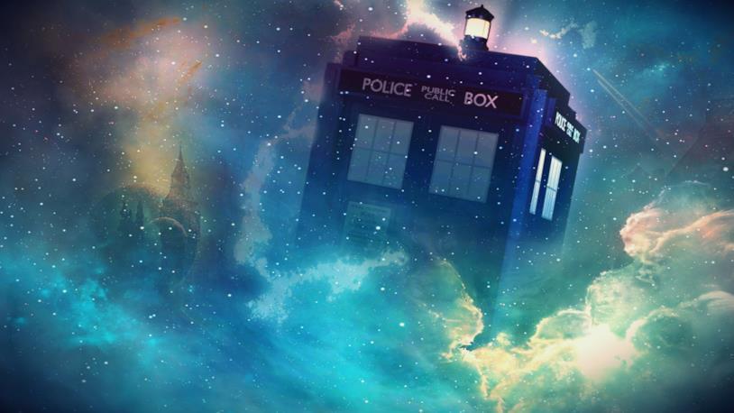 Immagine del TARDIS in trasparenza, in mezzo a una nebulosa nello spazio