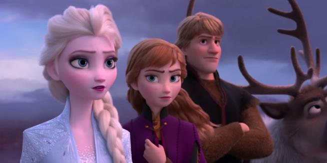 Un primo piano di Elsa, Anna e Kristoff nel trailer di Frozen 2: Il segreto di Arendelle