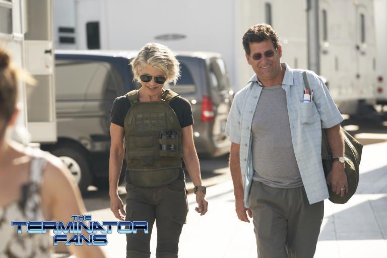 Linda Hamilton è Sarah Connor nelle foto dal set di Terminator 6