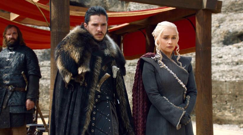Jon Snow e Daenerys alla Dragonpit nel finale della stagione 7 di Game of Thrones