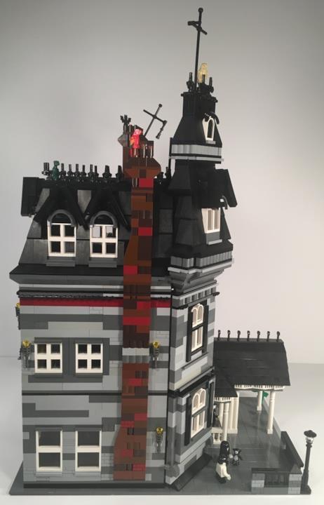 Il modello della casa della famiglia Addams di LEGO presentato su LEGO Ideas