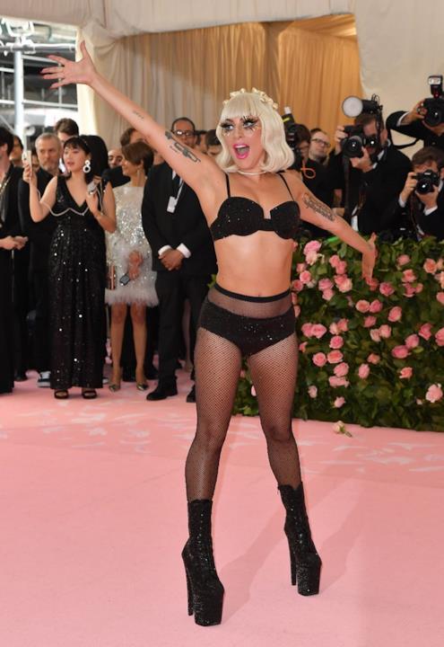 Lady Gaga con il quarto look del MET 2019