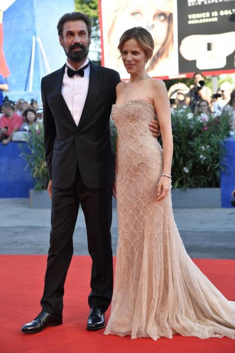 Sonia Bergamasco e Fabrizio Gifuni al Lido per la prima serata di Venezia 73
