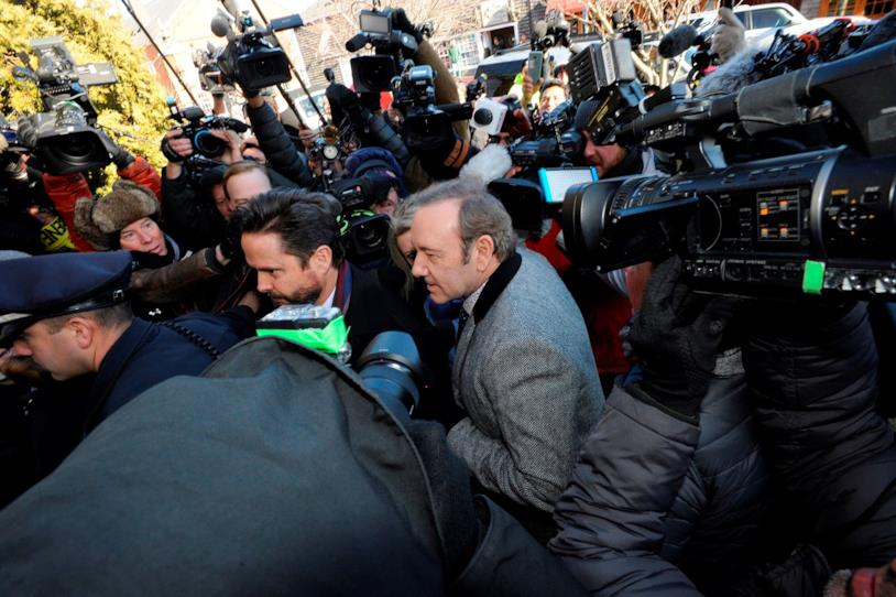 Kevin Spacey assediato dai media