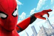 Un primo piano di Spider-Man nel poster ufficiale di Homecoming