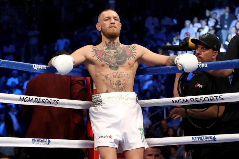 McGregor sul ring della UFC