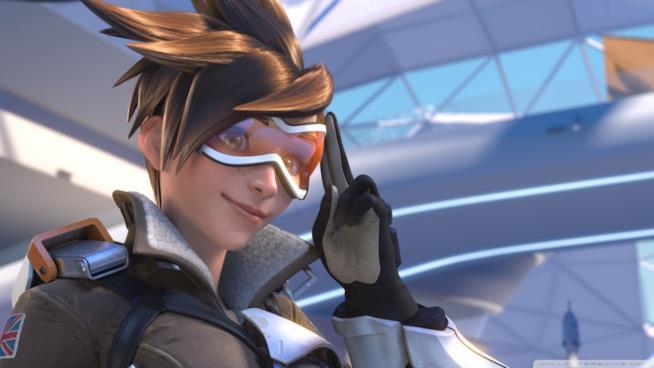 Primo piano per Tracer, eroina giocabile in Overwatch