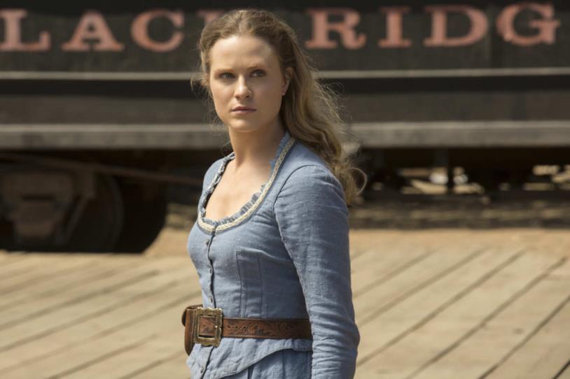 Dolores in un'immagine della prima stagione di Westworld