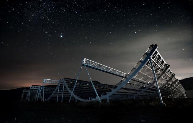Suggestivo scatto del telescopio CHIME