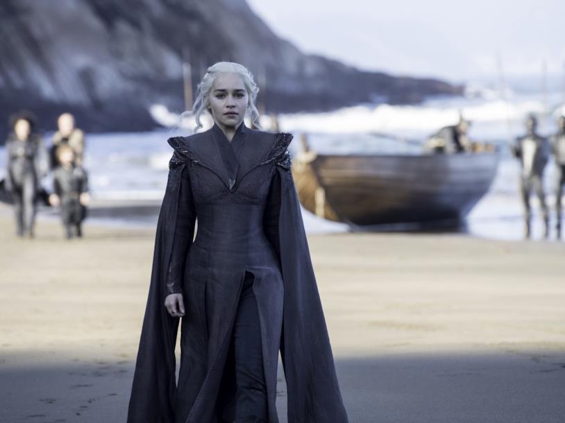 Emilia Clarke nei panni di Daenerys in Game of Thrones 7