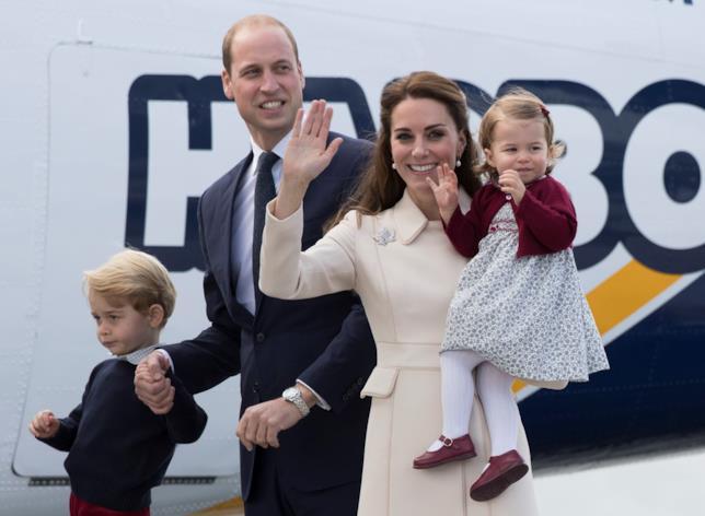 Il Principe William con Kate Middleton e i figli George e Charlotte