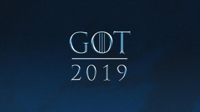 Un poster che annuncia GoT 8 nel 2019