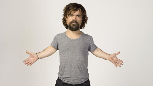 L'attore Peter Dinklage fuori dal set di Game of Thrones
